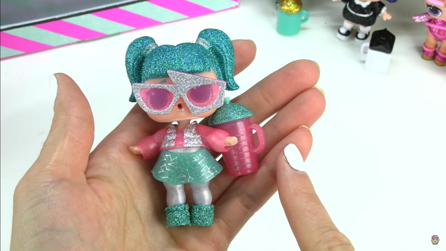 L.O.L Surprise Sparkle Doll Glamstronaut buy