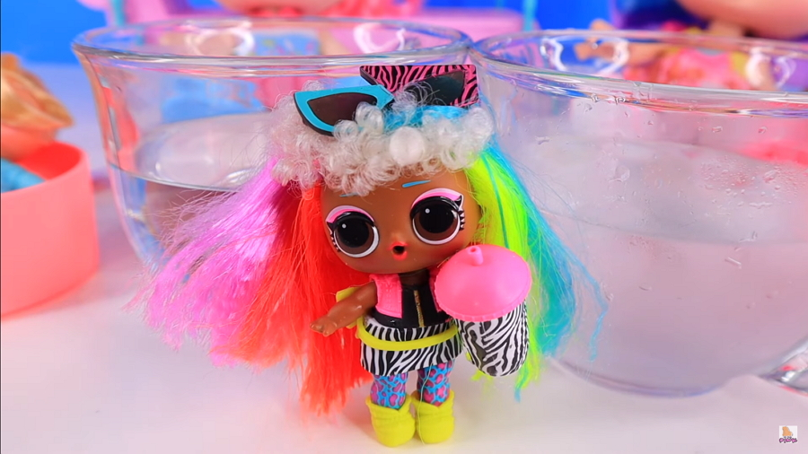 LOL Surprise Hairgoals Wave 2 Doll Rainbow Raver