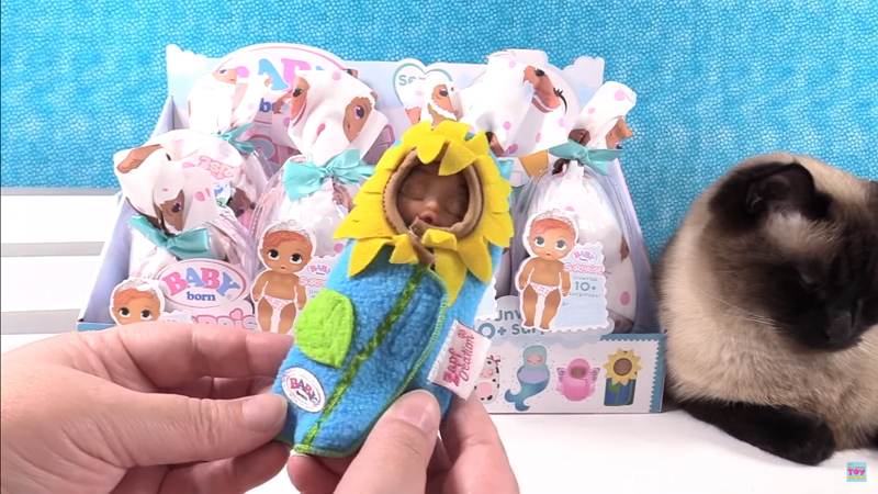 Baby Born Surprise Series 2 Blind Bag Doll Color Change 004
