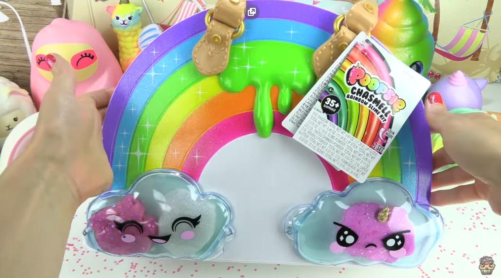Poopsie Chasmell Rainbow Slime Kit Unboxing! Makeup + Unicorn DIY Slime 009