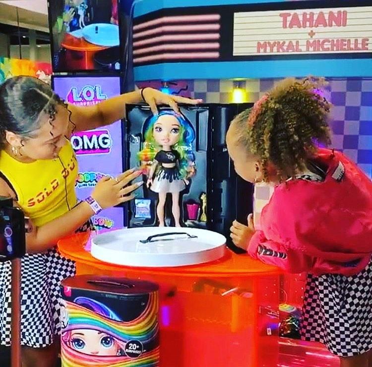 Poopsie Rainbow Surprise series 1 Pixie Rose & Rainbow Dream 20+surprises