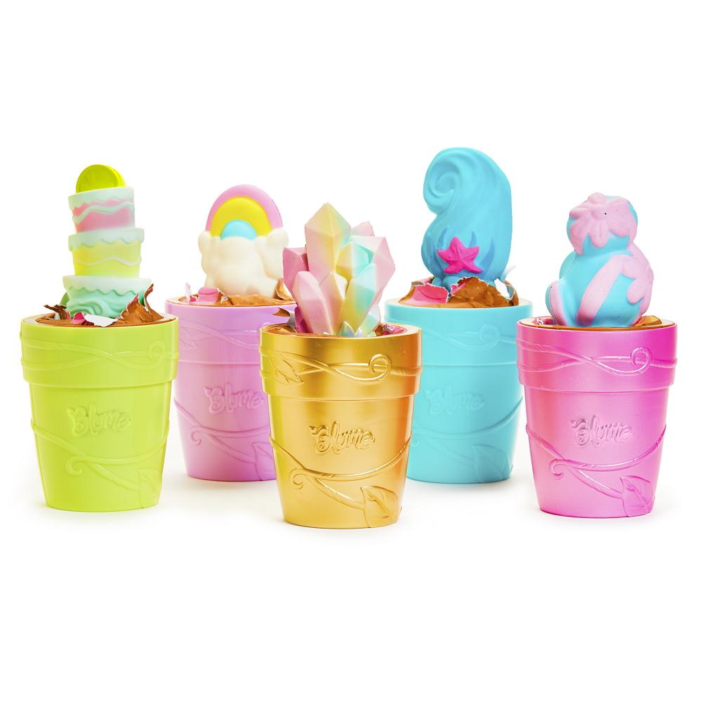 different colour blume doll pot