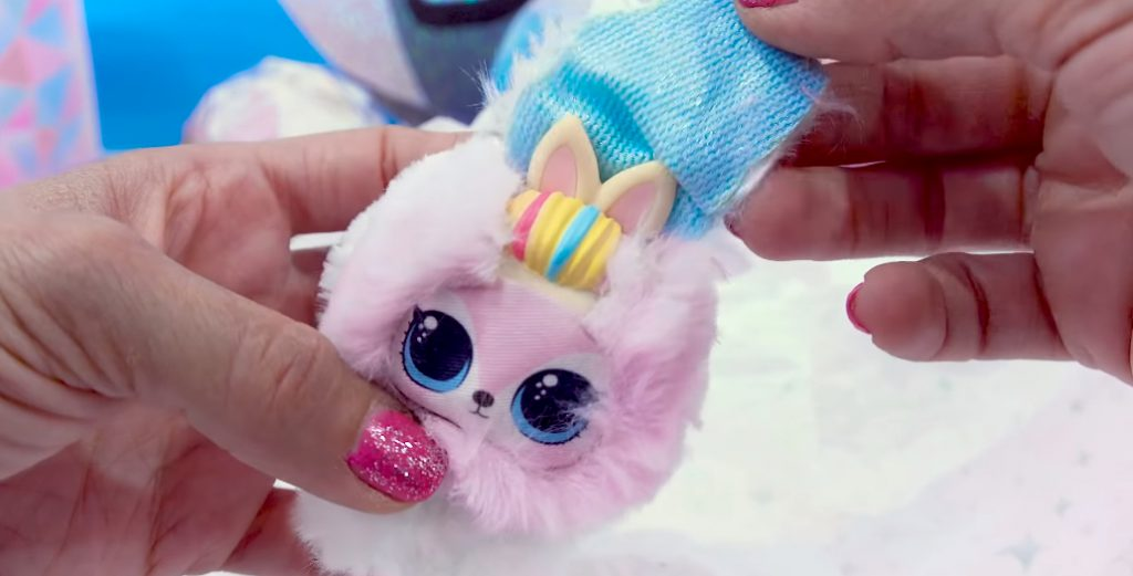 Winter Disco NEW LOL Surprise Fuzzy Pets Blind Bags 006