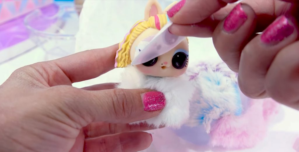 Winter Disco NEW LOL Surprise Fuzzy Pets Blind Bags 008
