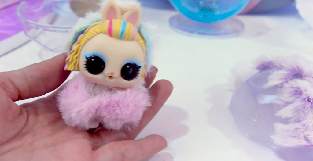 Winter Disco NEW LOL Surprise Fuzzy Pets Blind Bags 011