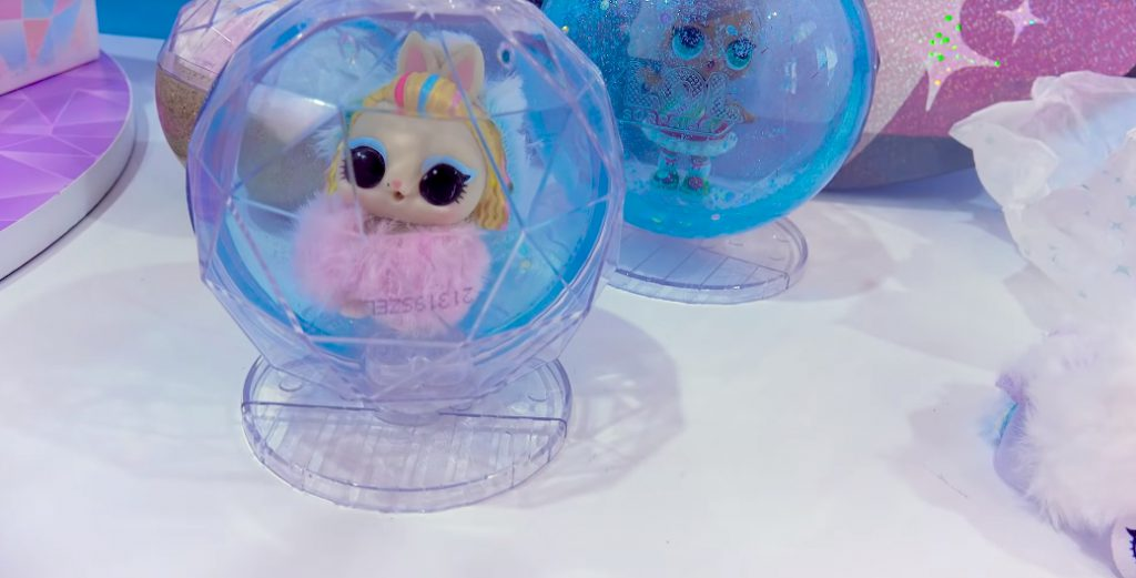 Winter Disco NEW LOL Surprise Fuzzy Pets Blind Bags 013