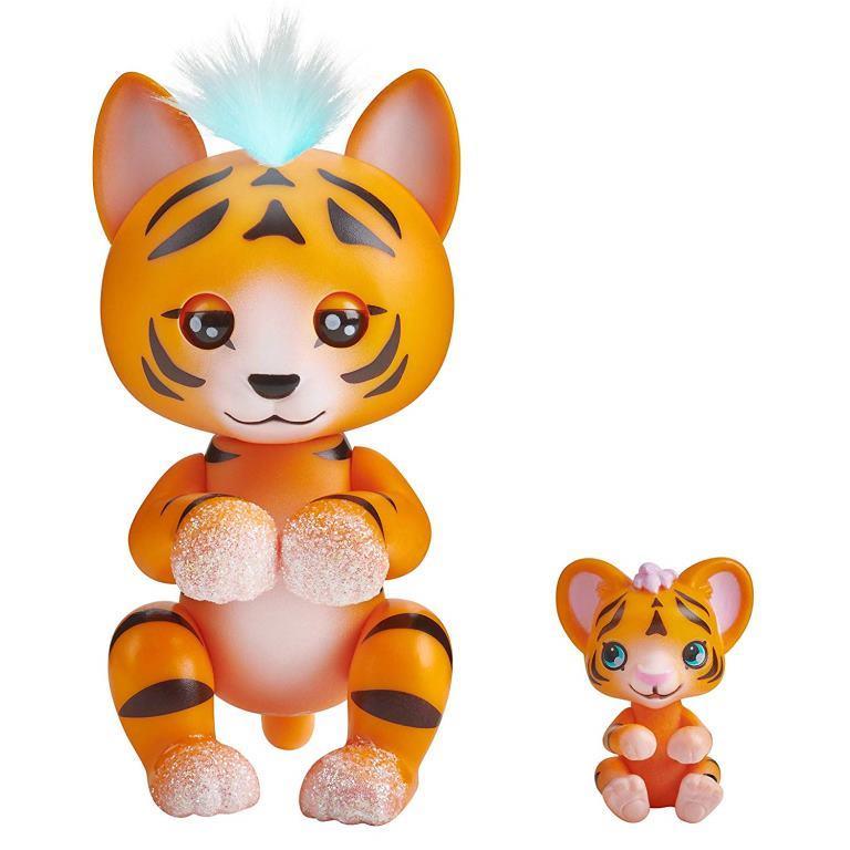 wowwee fingerlings tiger benny cub kali