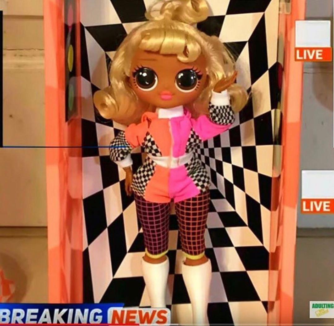SPEEDSTER LOL Surprise Dolls OMG LIGHTS SPEEDSTER Fashion Doll