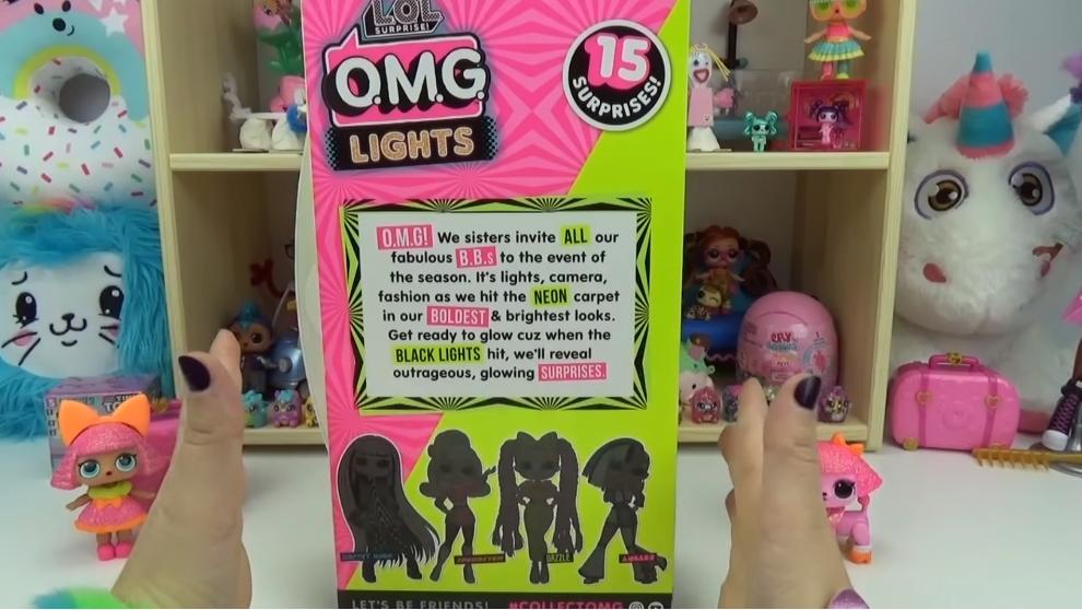 LOL Surprise O.M.G. Lights UV Black Light Surprise Doll DAZZLE Glowing Surprises 3