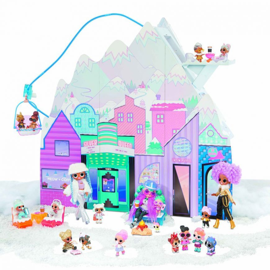 LOL Surprise OMG Winter Chill Cottage Playset 2020